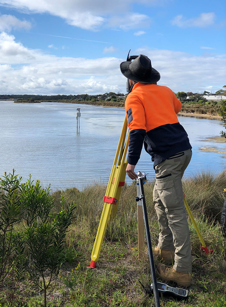 Surveying tide gauges Point Lonsdale